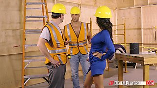 these builders shut her mouth with their huge cocks @ boss bitches