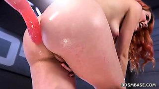 Free19 Machine fucking solo with Amarna Miller