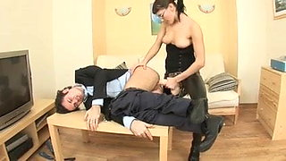 she fuck guy with huge strapon