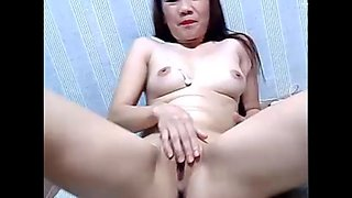 Filipina girl masturbate for customer
