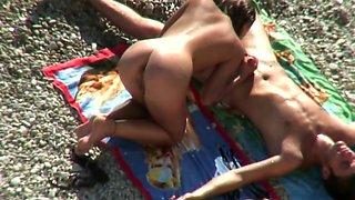 Beach oral sex