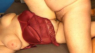 Milf BBW gets fucked and cums hard