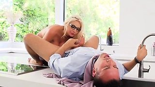 Chesty Boss Nicolette Shea Gets Banged And Facialized