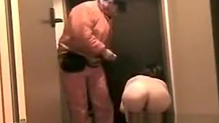Japanese hot lady flashing to delivery lad