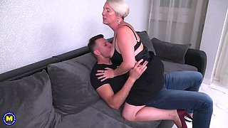 Mature mother seduce young bull