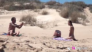 A Couple Gets Caught On A Having Sex On The Nude Beach With Spy Camera And 18 Years Old
