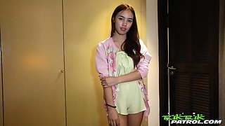 Sex-appeal Thai girl Fa gives her head and gets fucked hard