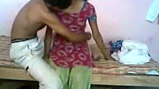 Desi girlfriend sex scene filmed in the college dorm