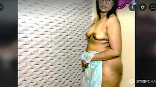 Indian aunty Web cam show
