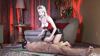 karin mistress - spit and pee delight