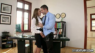 Dominica gives blowjob to her boss and gets fucked in the office