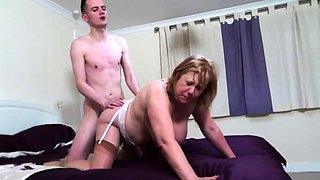 British chubby mature slut Auntie Trisha doing her toyboy