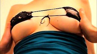 Big breasted Japanese goddess flashes her amazing curves