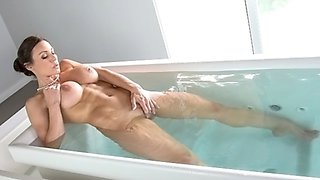 Peeping tom creep up on Kendra Lust pleasing herself in the bathtub