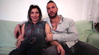 Scambisti Maturi - Mature Italian gal loves anal swinger sex