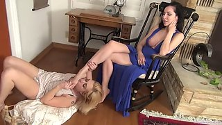 Female maid at her mistress feet ryl mstrss