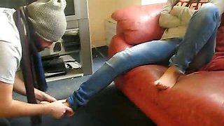 Mistress Nia - Indian Femdom - Hindi Foot Worship (clip)