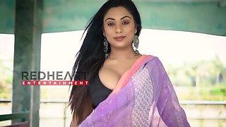 Hot beautifull lady in saree sareelover nancy white print saree