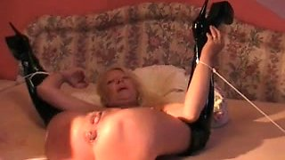 Cougar gets my cock deep in her ass