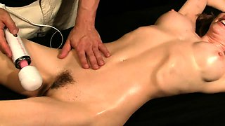 Big breasted amateur cougar gets her hairy snatch vibrated