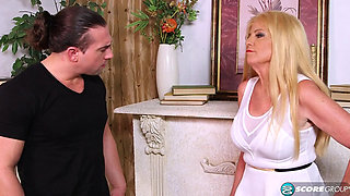 Charlie Charm Blond GILF Always takes advantage