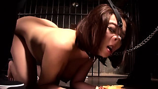 Japanese Slave Makes To Sex