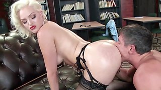 Dirty-minded blonde teacher gets banged by the principal