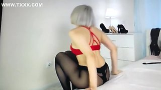 high heels and pantyhose dance, jerk off
