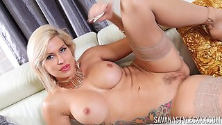 Savana Styles is a stunning blonde who loves playing with her curves