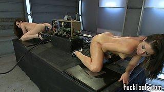 Machine babes anally stuffed in sapphic duo