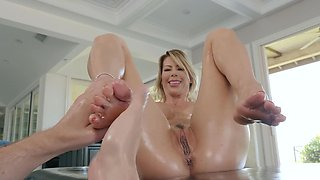 Insatiable porn diva Alexis Fawx needs a hard boner immediately