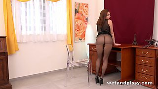 Gorgeous Antonia is hot and her pussy is gleaning with pee