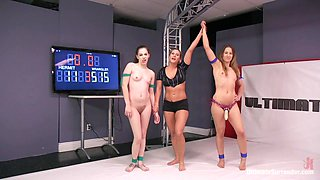 Young, Natural Rookie Put It All On The Line In Competitive Wrestling - Publicdisgrace