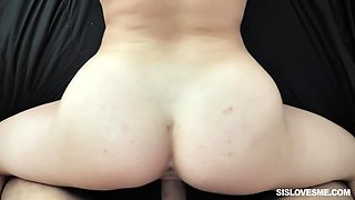 Natural pale blonde gal Katie Kush spreads legs for mish after nice blowjob