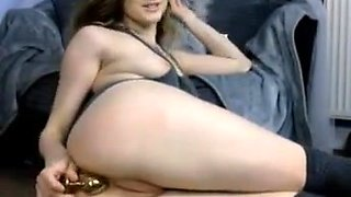 Cute college girl perfect cameltoe pussy small tits showering