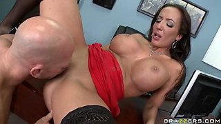 Busty Slut Richelle Ryan Banged by the Boss in the Office