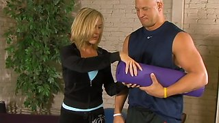 Bodacious yoga instructor Brandi Love enjoys face sitting and gets her pussy fucked