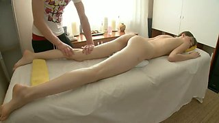 Cute all natural girl Adrienne Anderson enjoys nice erotic massage