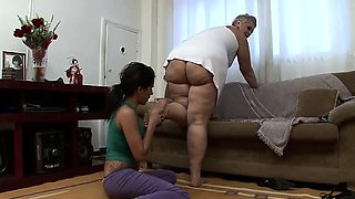 BBW Nicole 's First Foot Domination