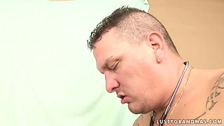 Doctor Has Fun With Horny Mature Lady Loving To Eat Ass