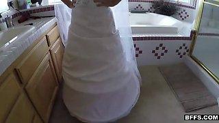 Slutty bridesmaids go kinky before the wedding