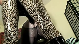 hot strapon mistress