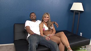 Kendall Foxxx Rubs Clitoris While Taking Black Meat In Pussy