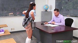 Horny Hispanis College Slut Rides Mature Teachers Dick - Jasmine Summers
