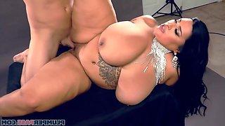 Big Tits Big Ass Milf With Bbw Latina