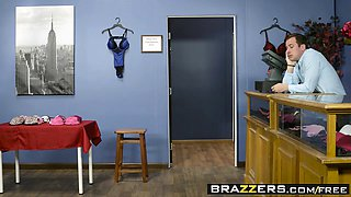 Brazzers - Real Wife Stories - If The Bra Fit