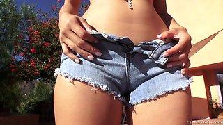 Kinky dude enjoys rimming and fucking juicy anal hole of Mila Jade