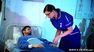 Gorgeous gal submits to hardcore spanking MMF in hospital bed