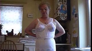 British granny strips in her kitchen