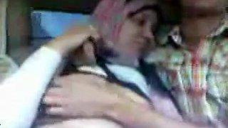 Real Abdul Allah Arabic Hijab Fucks In The Car